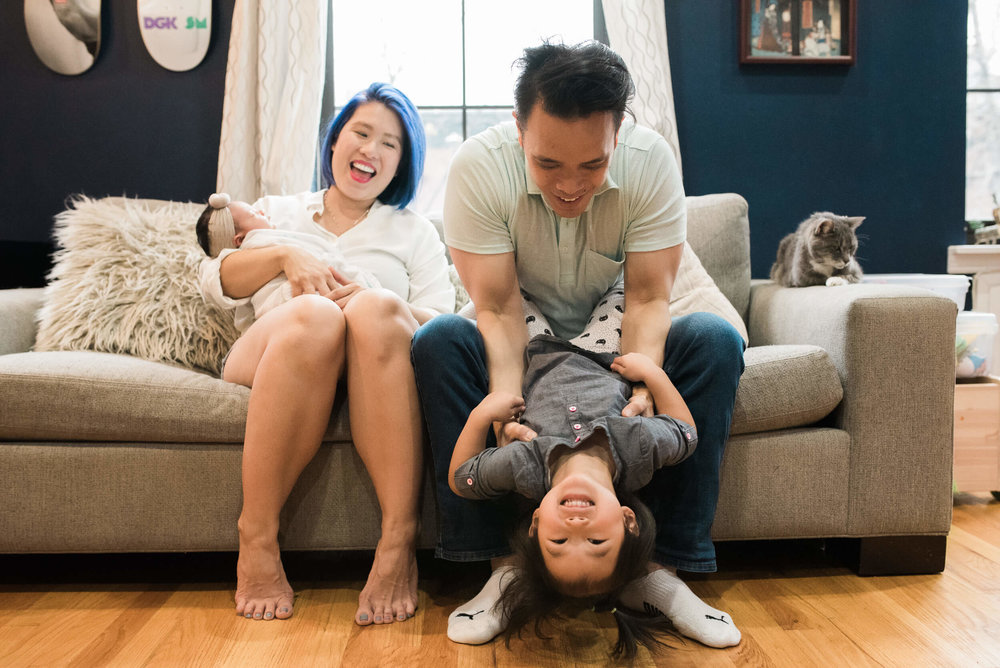 family photo toddler in home lifestyle newborn photographer lindsey victoria photography park slope brooklyn ny