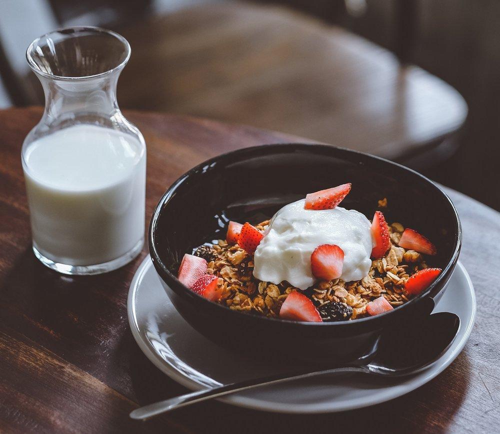 milkandyoghurt.jpg
