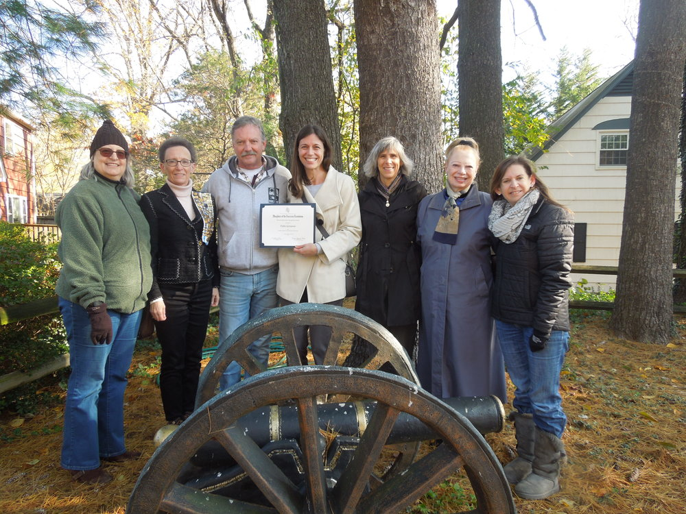 Freedom Hill Daughters present the Historic Preservation Recognition Award at Wren-Darne Family Cemetery, November 2018