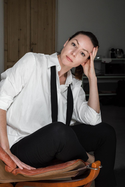 Sarah White artist bio