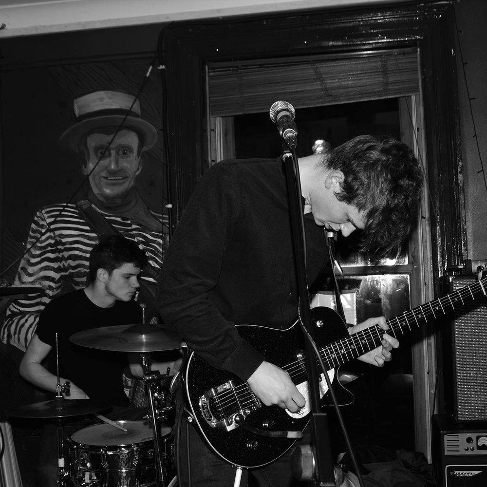Suns - Alternative indie rock