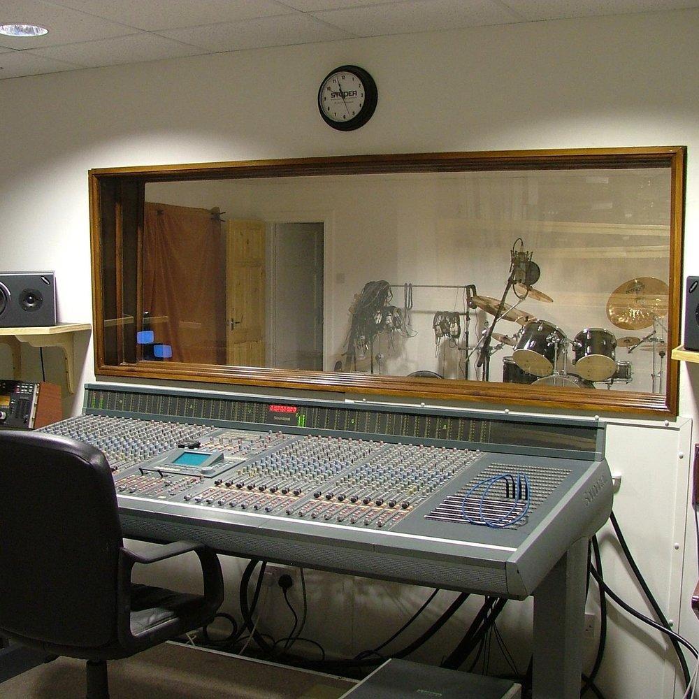 Abertawe Road studios - rehearsal room / recording studio