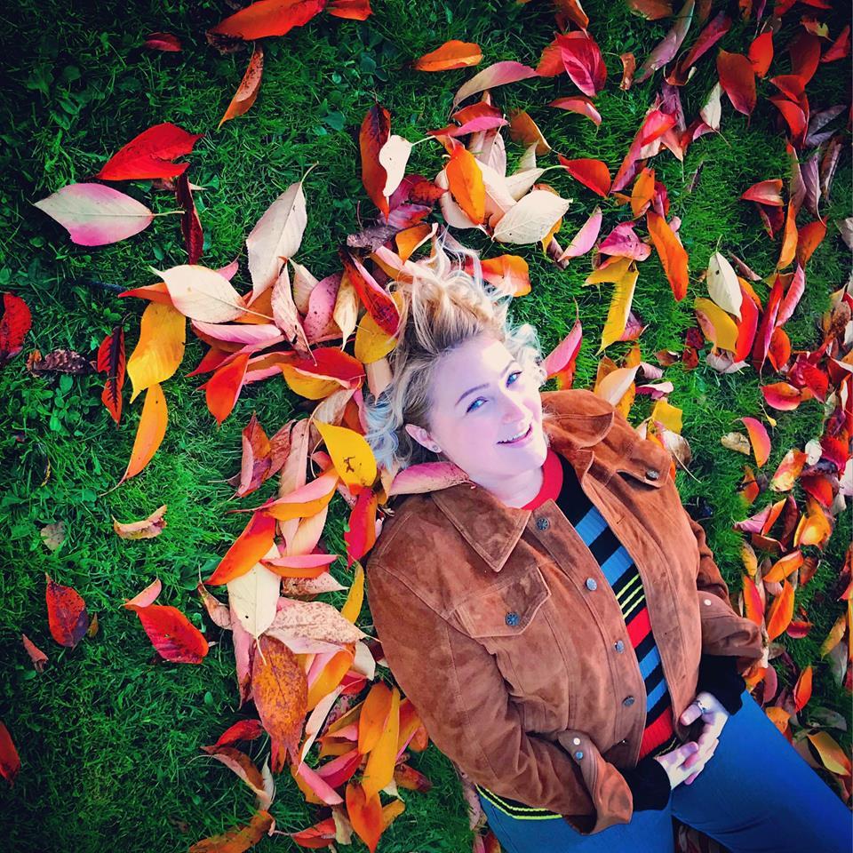 Natalie Jones - Country / rock / pop