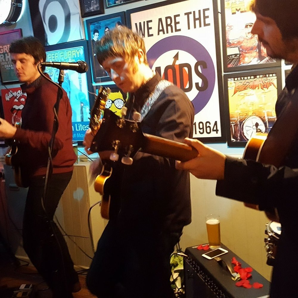 The Zinvandels live at Britpop Cafe 2017