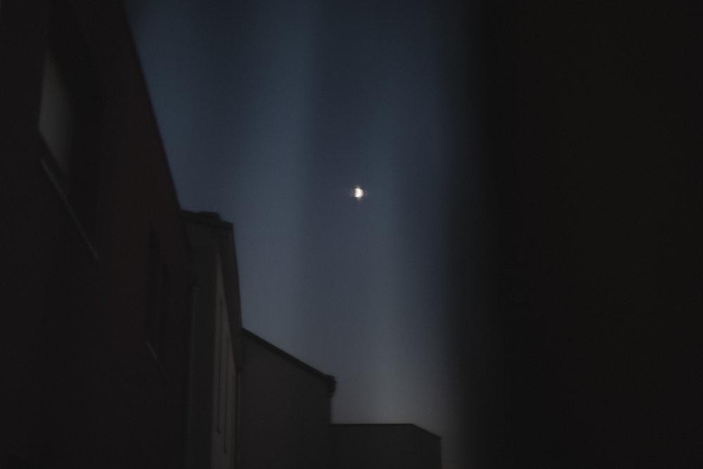 moon-4492.jpg