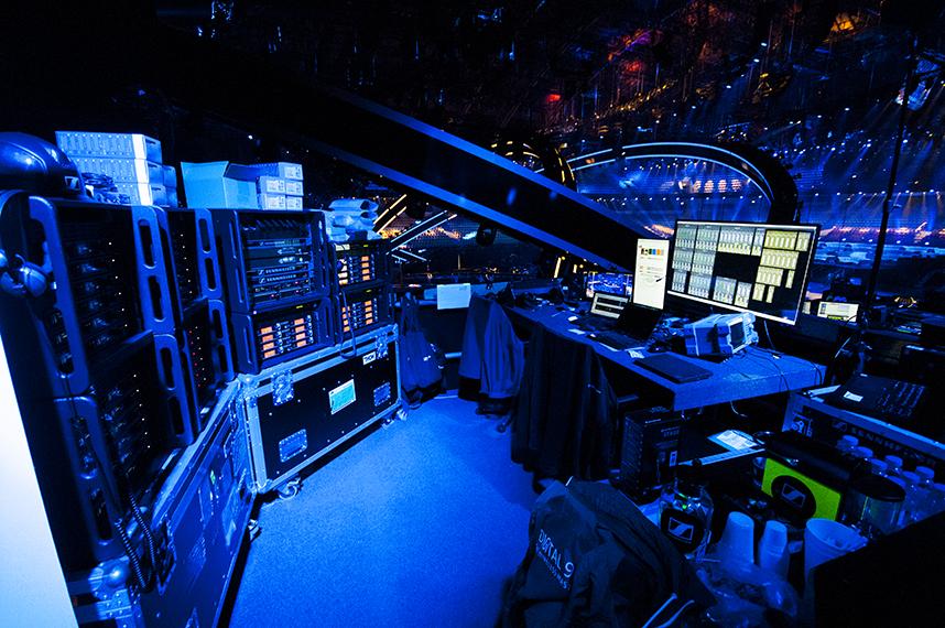 Sennheisers kontrollrom under Melodi Grand Prix-finalen.