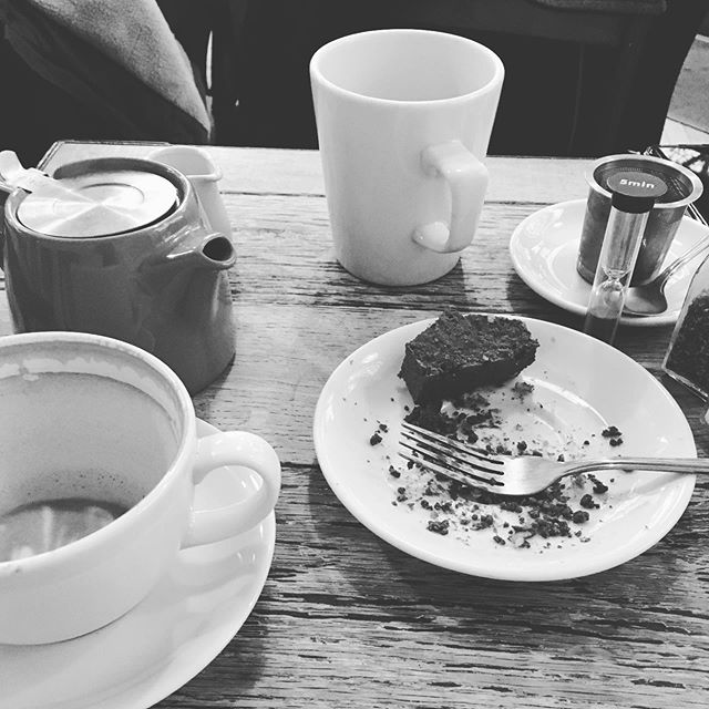 I love days off and coffee dates with best friends. Enjoying some down time after the Christmas mayhem! #rest #goodcoffee #bath #greatcompany