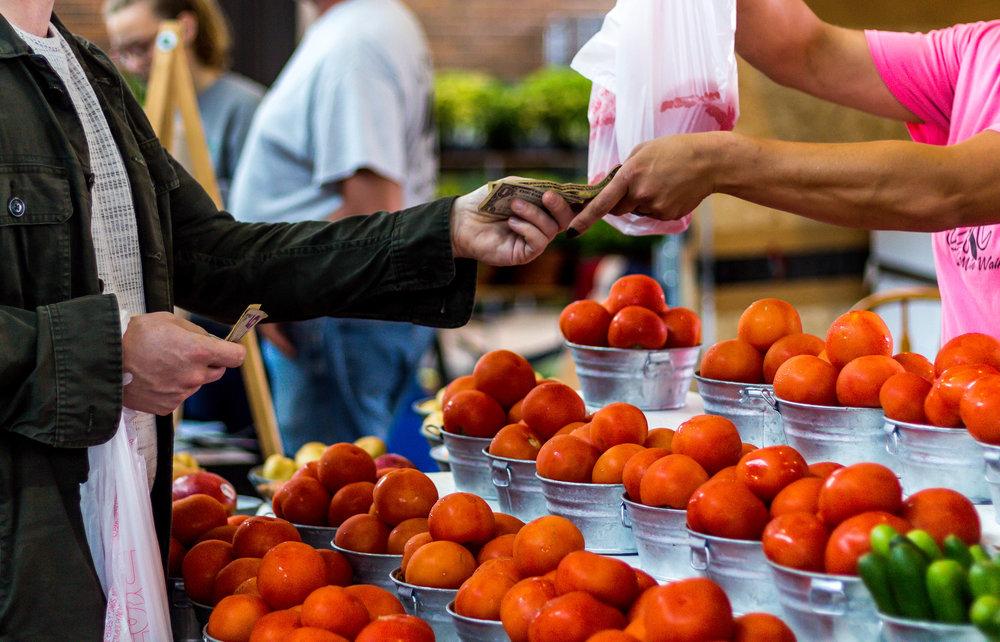 Eastern Market Shopping-10.jpg
