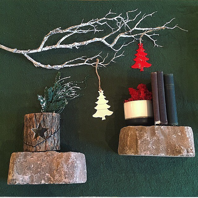 We have the perfect ornament to add that final touch to your Christmas wrapping - our metal tree ornaments are available in white & red and are featured in our 2016 Christmas Sale! #rusticholidaydecor #moduslifestyle2016 #christmaswrapping #christmasdecor