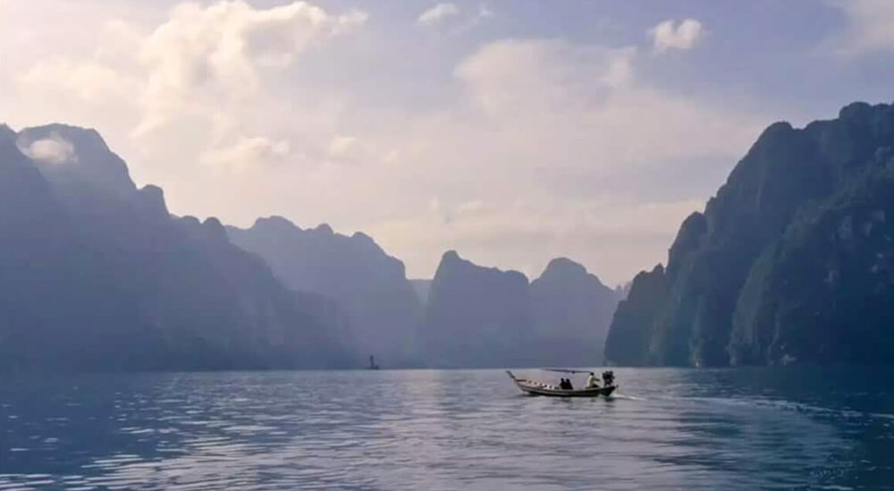 FIND YOUR AMAZING - kuoni  Brand film for Kuoni's 'Find Your Amazing' campaign that immerses viewers in the vibrancy and diversity of Thailand, from the bustle of Bangkok to the gorgeous islands and seascapes of the south.