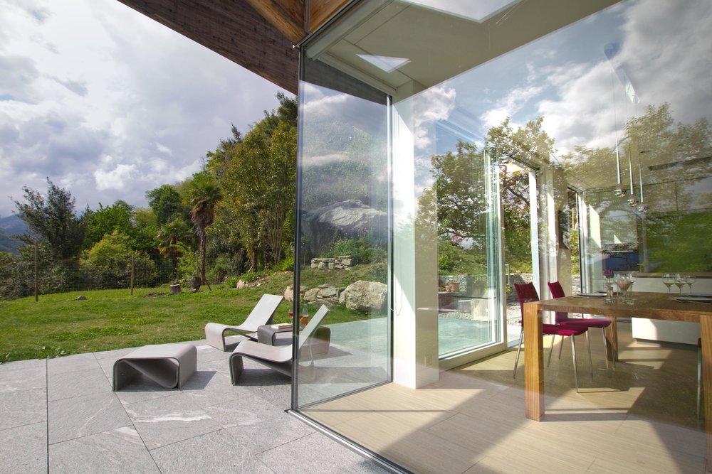 Glasecke - Innen und Außen gehen nahtlos ineinander über.