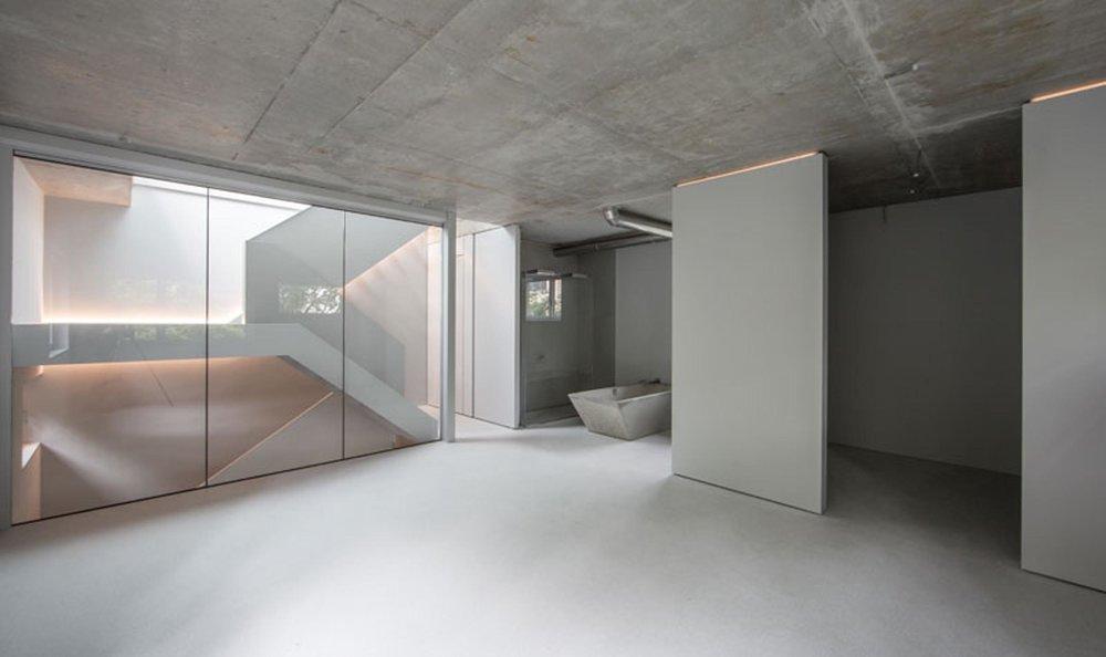 Unser minimalistischer Ausbau für zwei Betonliebhaber.