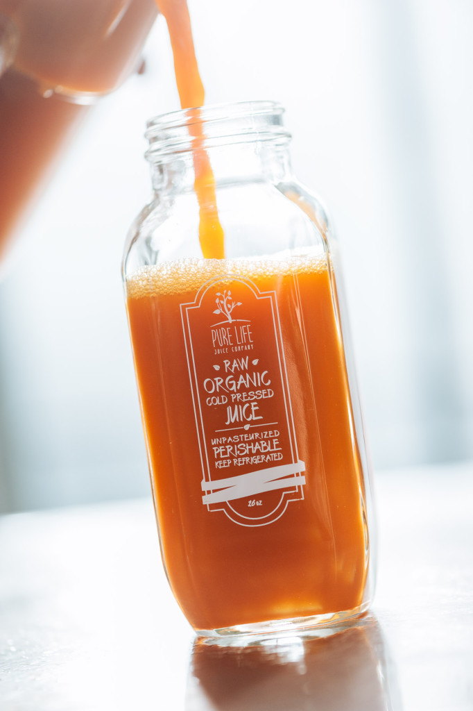 Juice Pour 02