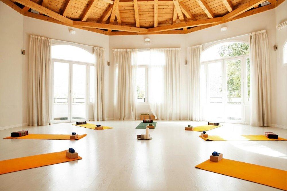 yoga shala 5 Granada Lucia Yoga Retreat Center_preview.jpeg