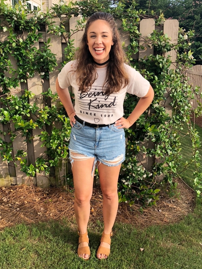 dccb93017c If you're playing with the idea of wearing high waisted denim shorts, but  don't totally understand what to do with them. Here are five ways I like to  wear ...