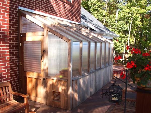 Greenhouse_02.jpg