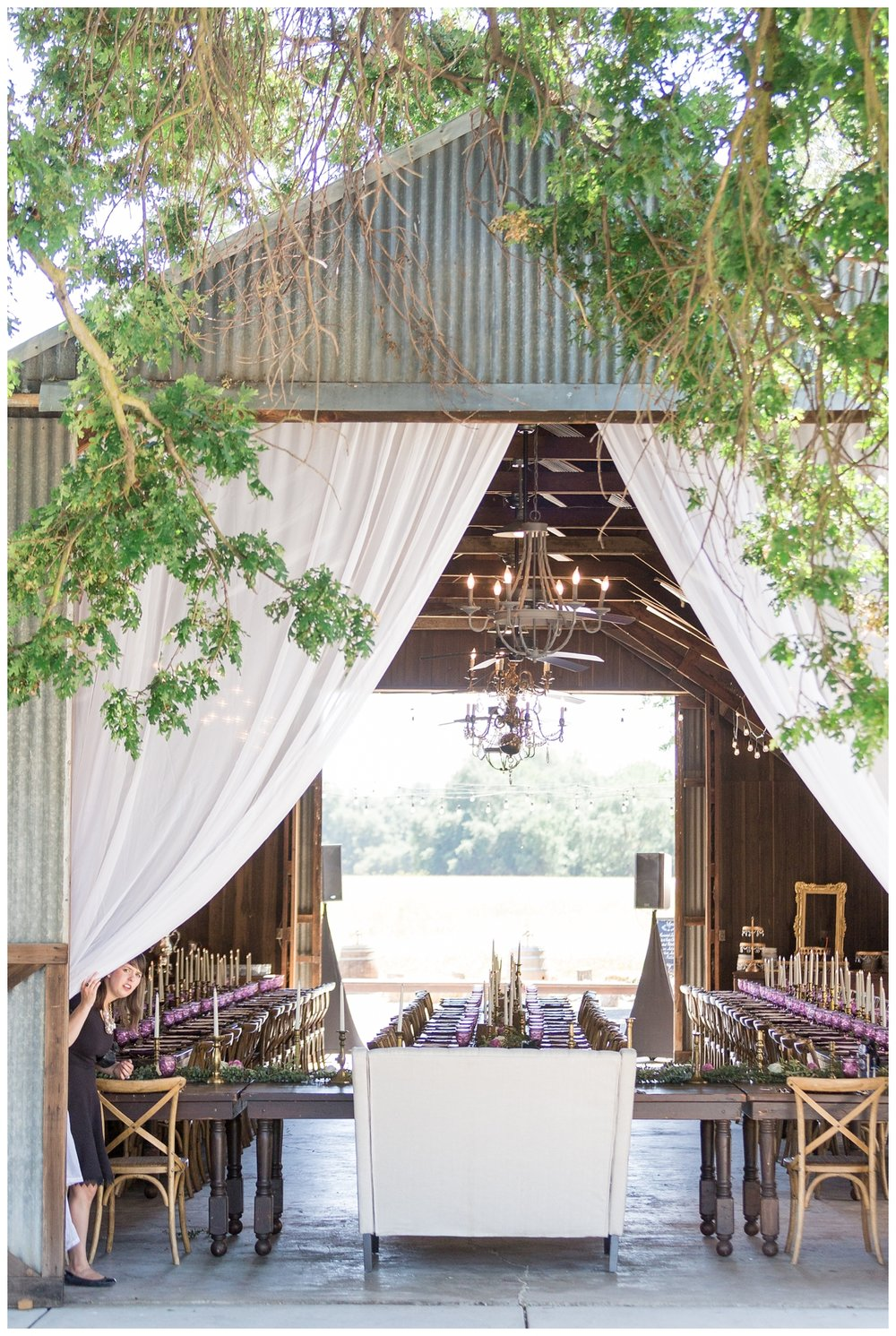big rustic barn in Northern California as a wedding venue