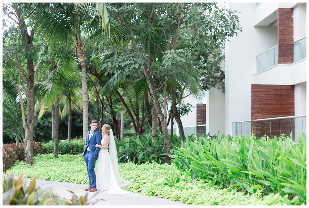 Puerto Vallarta destination wedding photographer travels to Mexico for a luxury wedding on the beach