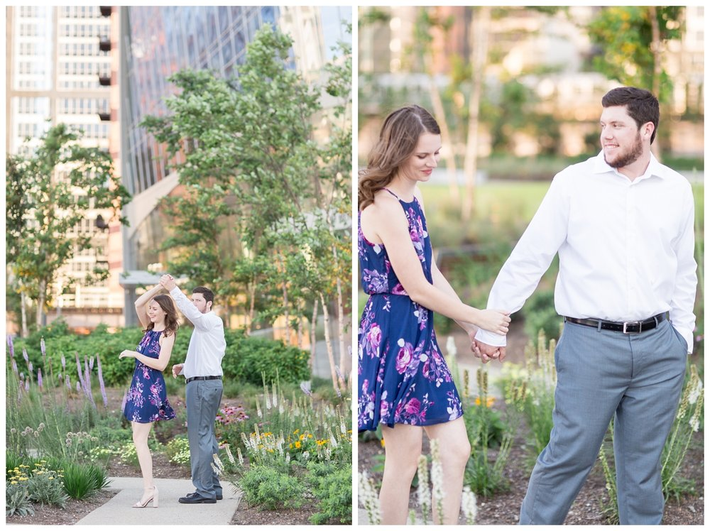 Destination-Kinzie-St.Bridge-Chicago-Engagement-Photos_5662.jpg