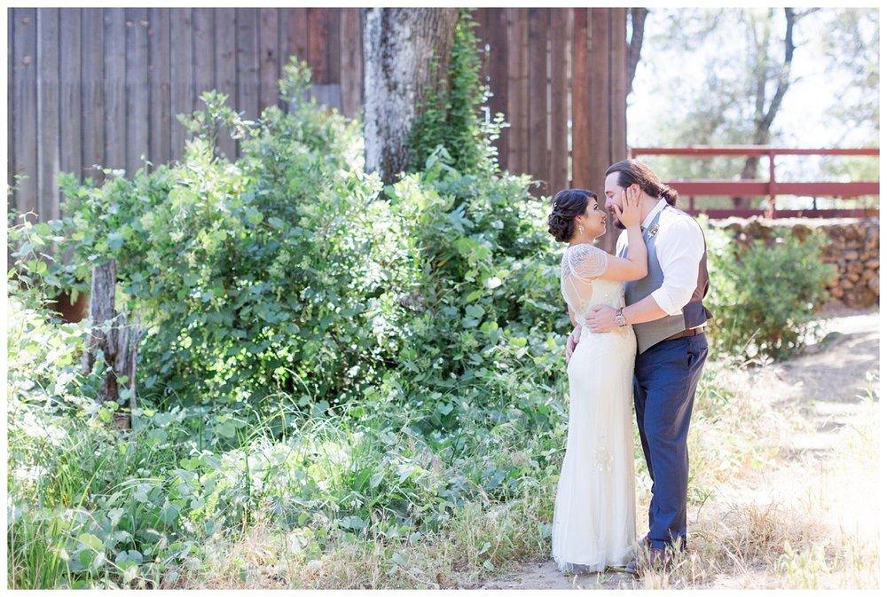 Honey-Run-Covered-Bridge-Wedding-Photos_0717.jpg