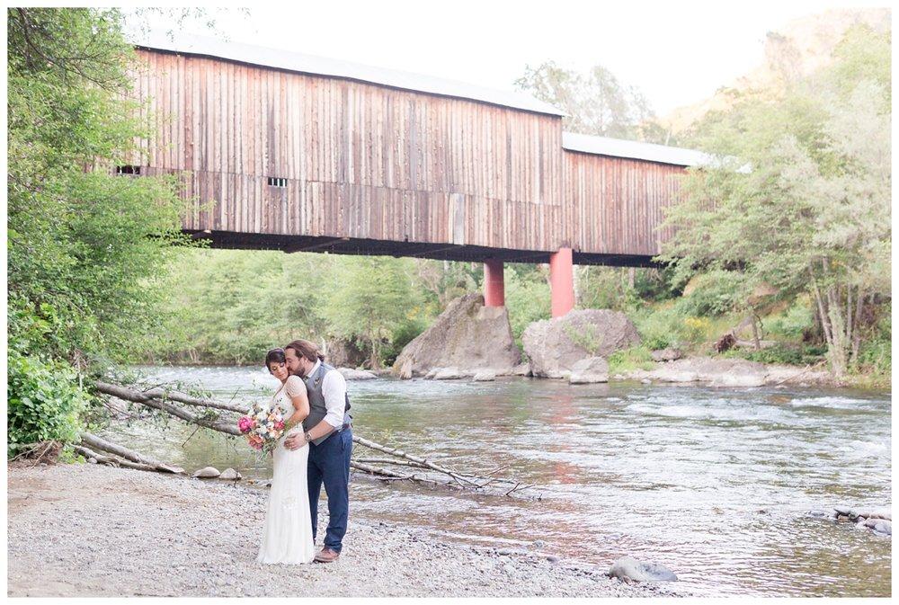 Honey-Run-Covered-Bridge-Wedding-Photos_0784.jpg
