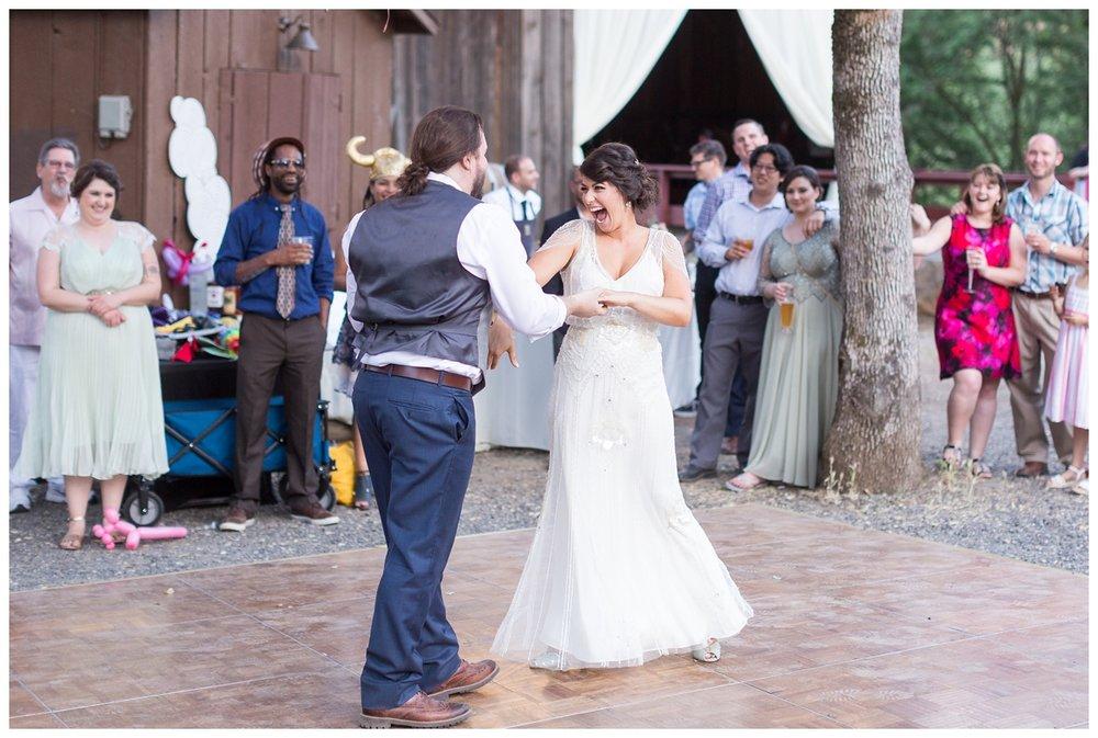 Honey-Run-Covered-Bridge-Wedding-Photos_0777.jpg