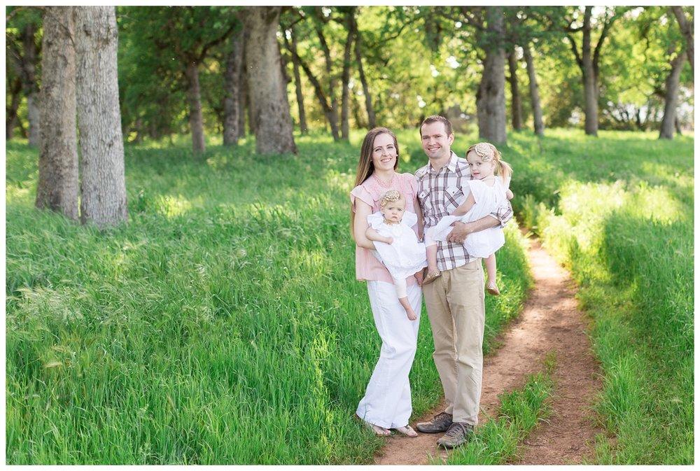 Upper-Bdiwell-Park-Lifestyle-Family-Photos_4450.jpg