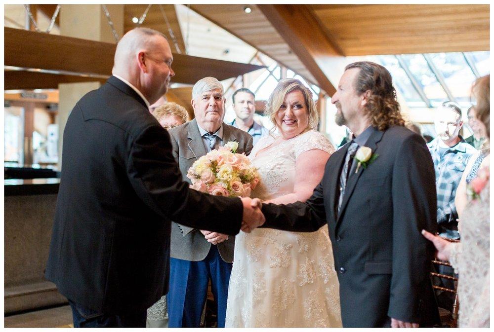 Edgewood-Lake-Tahoe-Wedding-Photos_4414.jpg