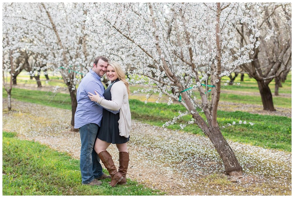 Chico-Almond-Blossom-Engagement-Photo-Session_4154.jpg