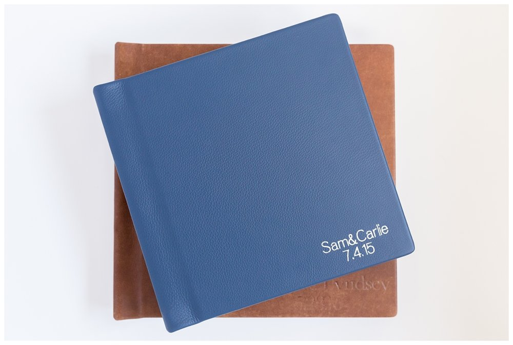 Luxury-leather-kiss-wedding-albums_3964.jpg