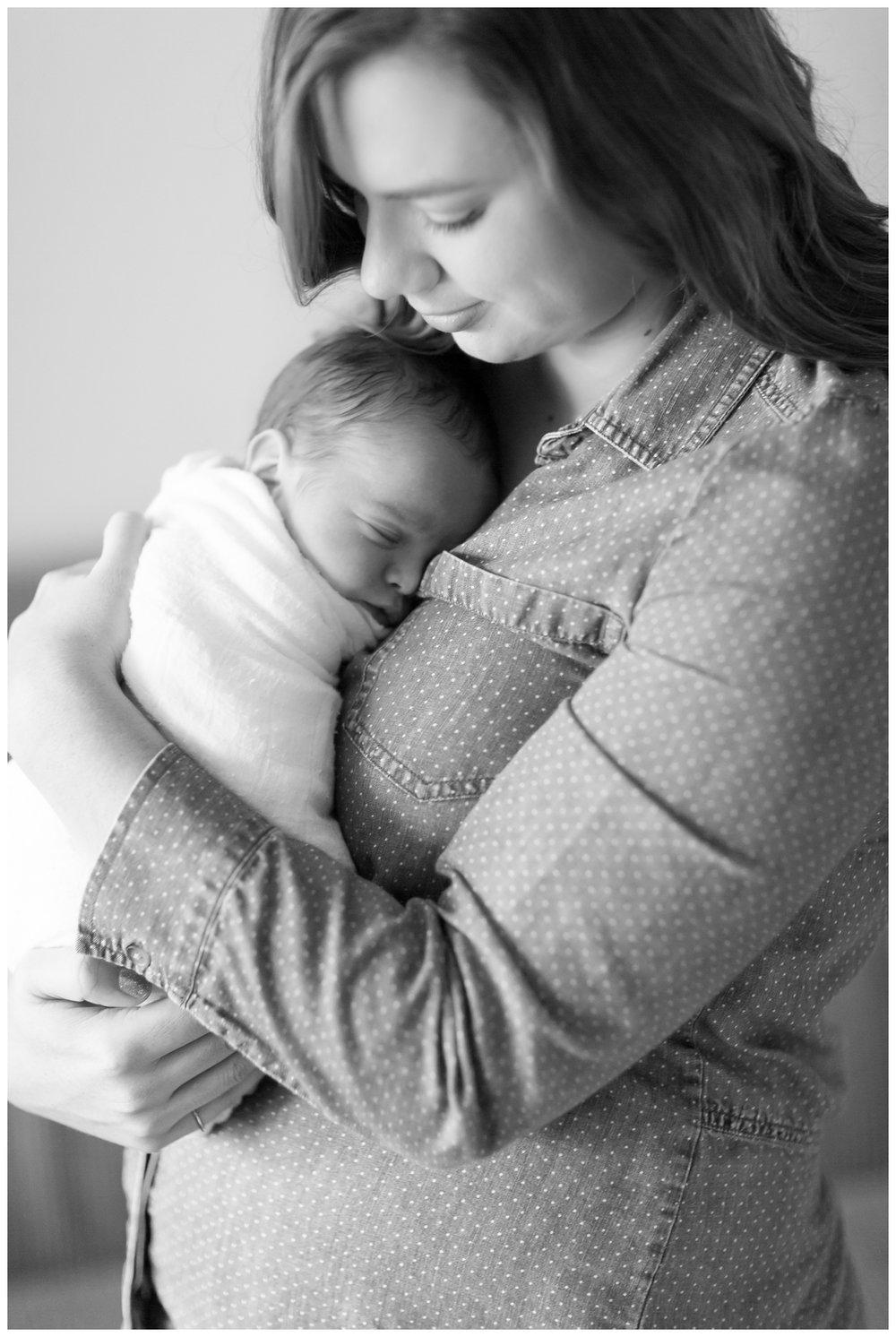 Chico-Newborn-Lifestyle-photographer_3546.jpg