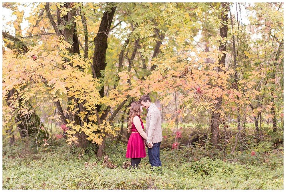 Tree-Farm-Engagement-Photos_0036.jpg