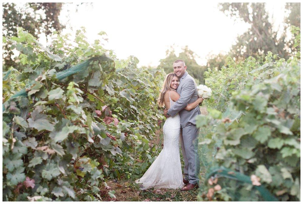 Gale-Vineyards-Wedding-Photographer_1914.jpg