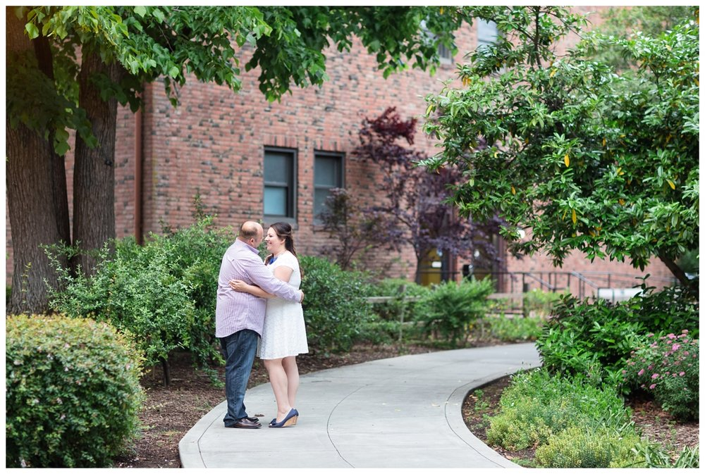 Chico-State-Campus-Engagement-Photography-Session_0236.jpg
