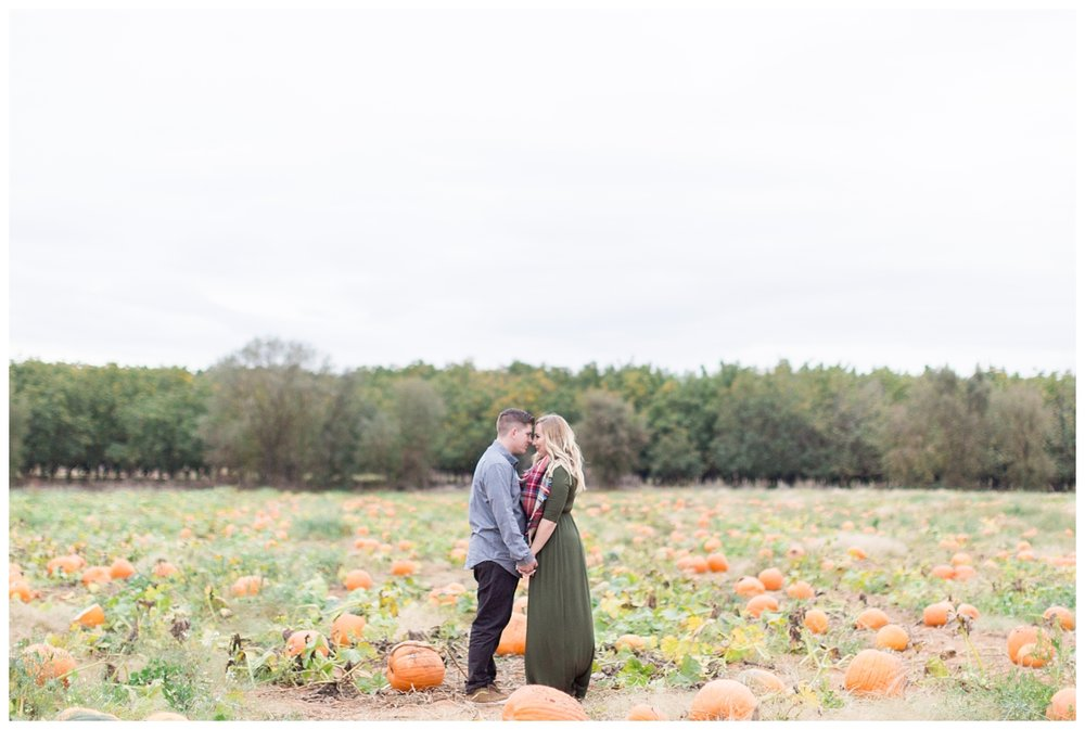 Bishops-Pumpkin-Patch-Engagement-Photos_3134.jpg