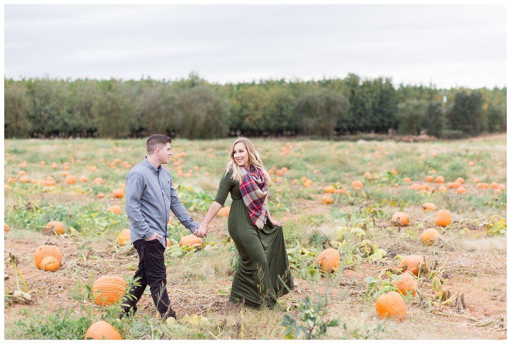 Bishops-Pumpkin-Patch-Engagement-Photos_3141.jpg