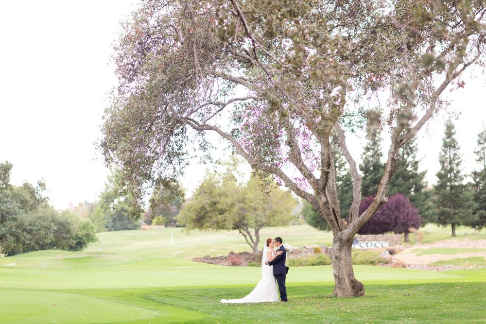 Canyon-Oaks-Country-Club-wedding-1-1600x1067.jpg