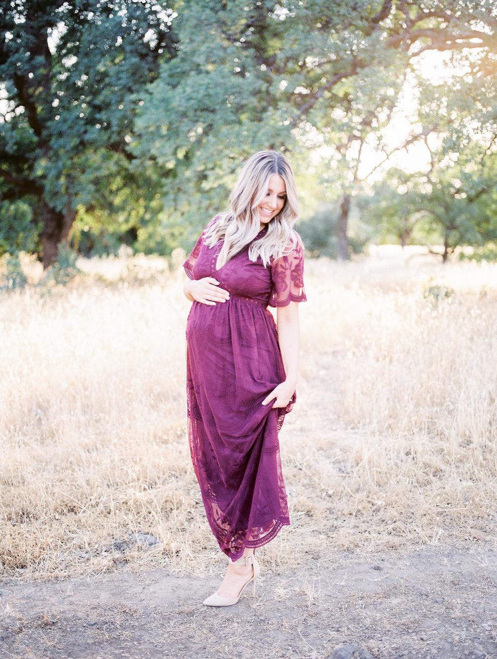 chico-ca-maternity-photos-bidwell-park-14.jpg