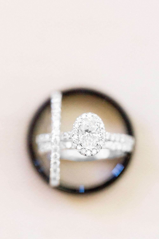 designer-wedding-rings-in-Mrs-Box (10 of 262).jpg