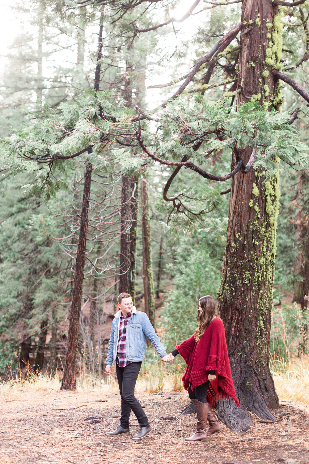177Butte-Meadows-Winter-Engagement-Photos (110 of).jpg
