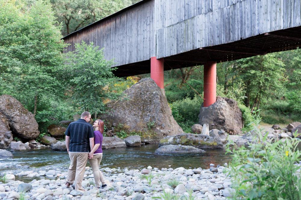 Northern-California-Honey-Run-Covered-Bridge-Engagement-Session-Photos.jpg