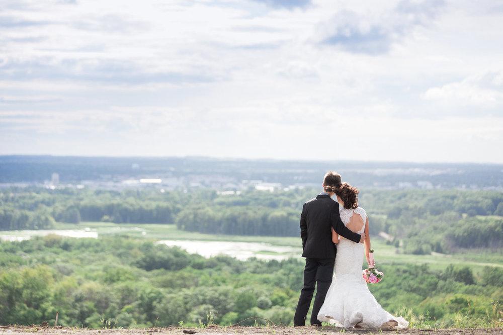 Detroit-Mountain-Minnesota-Greenery-Wedding-Photos.jpg