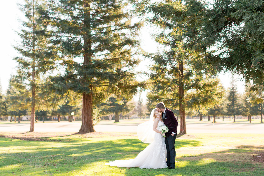 Butte-creek-country-club-sunset-wedding-photosjpg