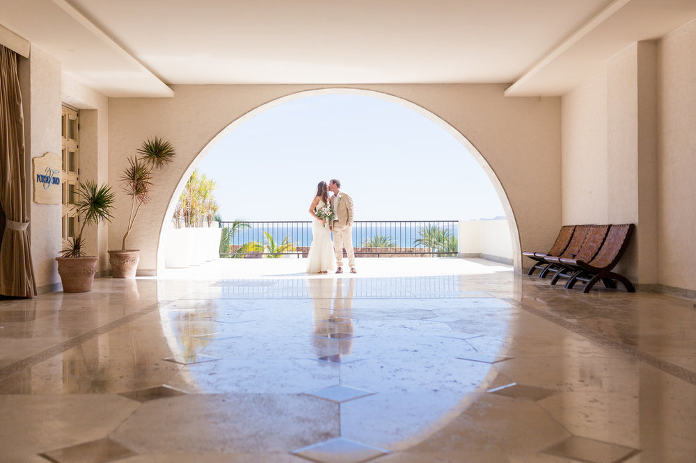 Secrets-Puerto-Los-Cabos-destination-Mexico-wedding-venue.jpg