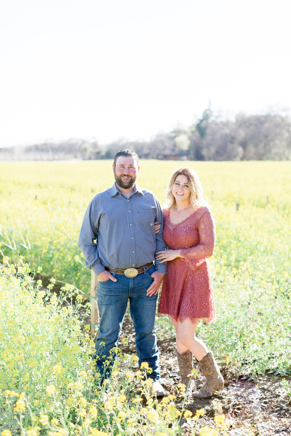 napa-valley-engagement-photos-in-field-of-flowersjpg