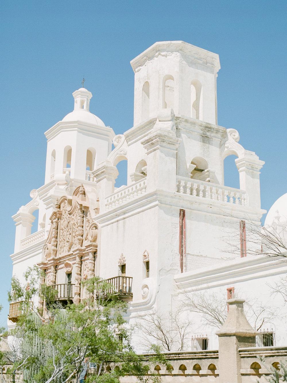tuscon-arizona-wedding-photographer-travels-to-the-missionjpg