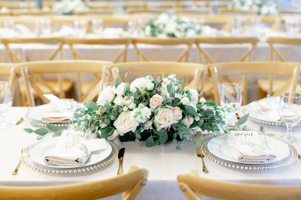 California-farmhouse-table-wedding-reception.jpg