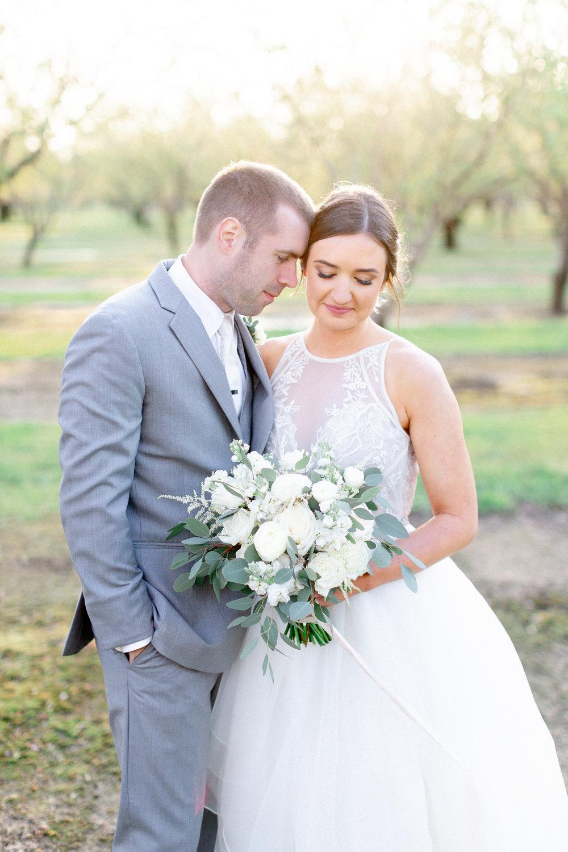 sunset-orchard-wedding-photos-in-Napa-Calforniajpg