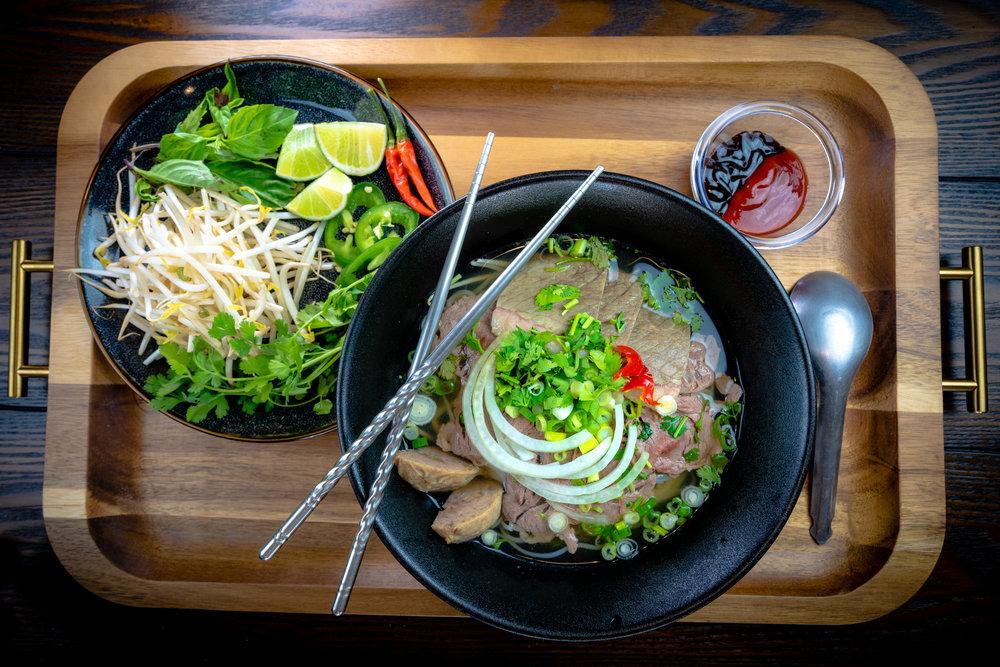 Pho Dac Biet - Beef Combo Vietnamese Noodles Soup
