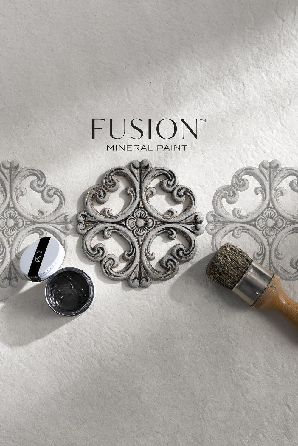 Fusion_Mineral_Paint_wax_black_creative_2.jpg